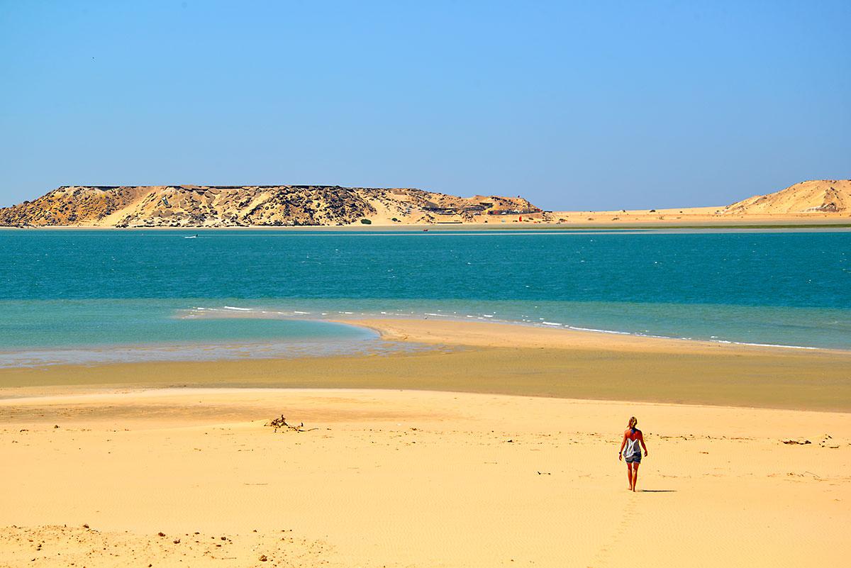 парня какое море в марокко фото словам, его